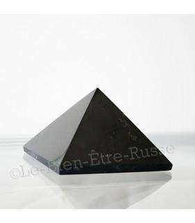 Pyramide en Shungite polie