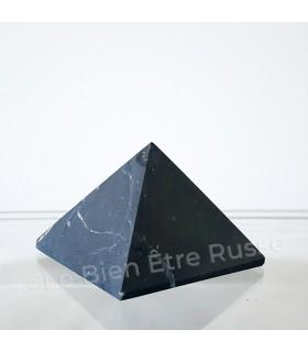 Pyramide en Shungite mate
